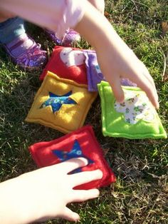 Homemade bean bags- cute, fun, possible gift for the toddler?