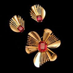 CROWN TRIFARI Red Step Glass Rhinestones by MyClassicJewelry