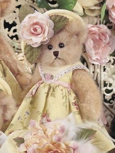 Pale pink and yellow spring bear - didn't know whether to put her on my pink board or my yellow board....we'll let her visit both!