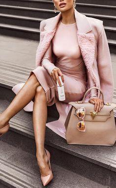 http://www.fashforfashion.com/ Groove Fall Winter Fashion Inspo easy chic outfits for mom life