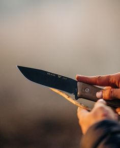 From tinder prep to camp fire cooking the 104 Compadre Camp knife is equipped to handle all your wilderness needs. Outdoor Knife, Buck Knives, Fire Cooking, Camp Fire, Camping Survival, Tinder, Wilderness, Product Launch, Handle