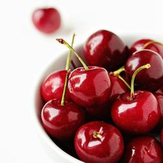 Qué les parece estas cerezas hechas dulce...ummmm qué delicia. Deja fluir tu creatividad. #Cereza #Dulce #Sweet #Red #Fruit