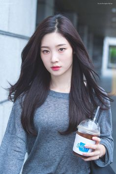 Chaeyeon My idol Kpop Girl Groups, Kpop Girls, Korean Beauty, Asian Beauty, Yoon So Hee, Jung Chaeyeon, Poses References, Korean Actresses, Beautiful Asian Girls