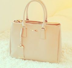 I must have you, and preferably in this colour #jimmychoo #purse #beige