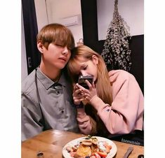 How sad :( I showed him the picture and he was sleeping. Bts Jungkook And V, Blackpink And Bts, Kpop Couples, Cute Couples, Vmin, K Pop, Bts Girl, Best Kpop, Bts Imagine