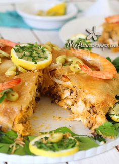pastilla with fish and seafood Plats Ramadan, Moroccan Couscous, Morrocan Food, Bastilla, Oriental Food, Ramadan Recipes, Arabic Food, Fish And Seafood, Pasta