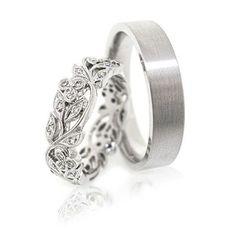Ring set His and Her vendas de boda de oro. Wedding Rings Sets His And Hers, Wedding Ring Sets Unique, Matching Wedding Rings, Cool Wedding Rings, Wedding Rings Vintage, Wedding Jewelry, Gold Wedding, Trendy Wedding, Elegant Wedding