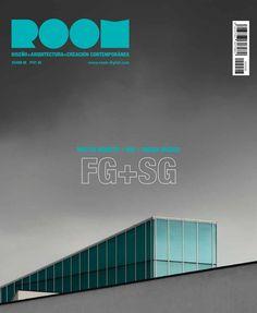 Revista #Room #Diseño 8. Chema Madoz. Alta costura de diseño: más allá del perfil neobarroco con el que se le identifica, Mattia Bonetti es un sutil artífice de la forma.