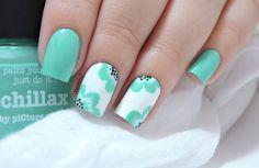 piCture pOlish Chillax et ses petites fleurs - floral nails