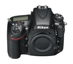 Nikon Polska pokaże swój najnowszy aparat D800. Aparat wyposażono w matrycę CMOS o rozdzielczości 36.3 Mpix, procesor EXPEED 3 oraz funkcję filmowania w rozdzielczości Full HD z dźwiękiem stereo.  Zapraszamy!!!