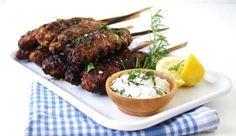 Recipe for ground lamb kebabs with tzatziki sauce