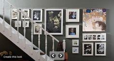 Det är fint och trevligt med tavlor i en trappa. Man kan stanna på trappstegen och titta på dem. Men hur ska de hänga? Antingen väljer man få stora eller flera mindre, för bästa effekt. Stora tavlor kan man hänga diagonalt i linje med trappan. Mindre tavlor blir snyggast att hänga längs en vågrät linje, …