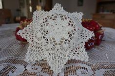 Virkade julstjärnor – virkmönster - Virka dygnet runt Chrochet, Xmas, Christmas, Doilies, Crochet Patterns, Pillows, Knitting, Rose, Inspiration