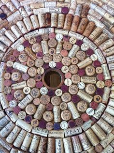Wine cork Table Top @Stephanie Close Wyler.....we need to drink wine....and we need to make one.....welllllll maybe 2, one for me one for you....thats a lot of wine!