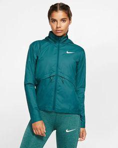 Womens Running Rain Jacket - Fashion Jacket and Jeans Foto HD Nike Rain Jacket Woman, Rain Jacket Women, Nike Winter Jackets, Olive Style, Running In The Rain, Running Jacket, Running Women, Jacket Style, Adidas Women