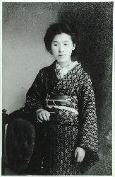村岡花子 言うまでもなく、カナダの女流作家Lucy Maud Montgomeryの著作「赤毛のアン」を初めて日本語訳にして紹介した女性である