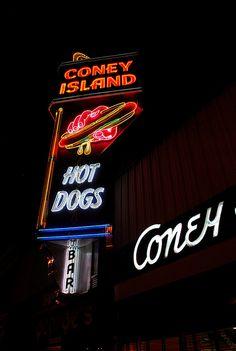 Coney Island Hot Dogs neon... http://youtu.be/iKqNWeoSkAk