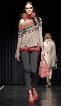 I adore the hem splits, the texture and the fairisle....what are those weird black straps though.....???!