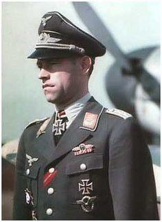 Oberleutnant Freiherr v. Kniestedt
