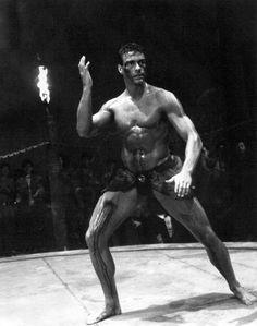 in kickboxer 1989 Martial Arts Movies, Van Damme, Frozen In Time, City Of Angels, Martial Artist, Funny Animal Videos, Karate, Childhood Memories, Martial