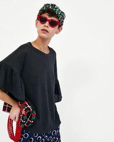изображение 2 из ЛЬНЯНАЯ ФУТБОЛКА С ВОЛАНАМИ от Zara Bell Sleeves, Bell Sleeve Top, Linen Tshirts, Ruffles, Zara, Blouse, Long Sleeve, T Shirt, Ss