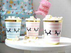 Makkelijke traktaties – 25x met weinig moeite een top traktatie Birthday Snacks, Birthday Parties, Happy Birthday, Unicorn Birthday, Unicorn Party, Diy Birthday Decorations, High Tea, Diy For Kids, Party Time