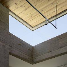 Image 9 of 16 from gallery of Exhibition Hall in Bertamirans / Salgado e Liñares arquitectos. Photograph by Santos-Diéz