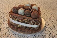 Time for Cake Buttercream Cake, Tiramisu, Fresh, Ethnic Recipes, Desserts, Food, Buttercream Ruffles, Tailgate Desserts, Essen
