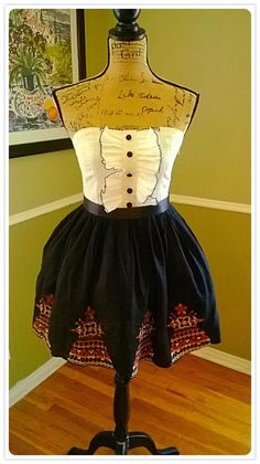 Adorable VINTAGE dress/ strapless/ tuxedo ruffle top/ Graduation/ homecoming/ corset /prom/ Small-Med