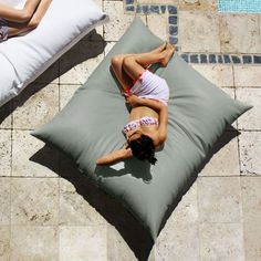 Massive outdoor bean bags can be used as deck chairs or outdoor loungers Outdoor Bean Bag Chair, Outdoor Beds, Used Outdoor Furniture, Outdoor Loungers, Outdoor Seating, Indoor Outdoor, Pool Furniture, Outdoor Rooms, Dining Furniture