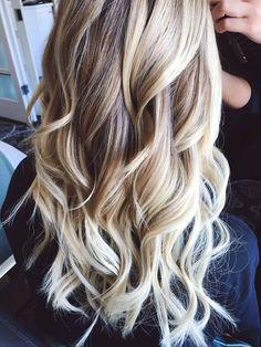 beautiful blonde beach waves