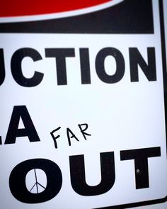 FAR OUT #farout #peace #peacesign #hippie #space #aliens #ufo #alien #construction #nmsu #lascruces #newmexico #college