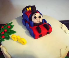 Pin by Brittany Moody on Thomas the train cake Pinterest