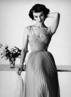 1950's pleated dress with spaghetti straps