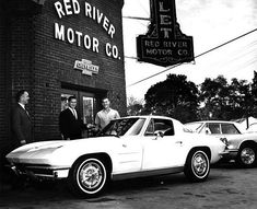 cars on the street — New Split Window Coupe… Red River. 1967 Corvette Stingray, Corvette C2, Corvette Grand Sport, Chevrolet Corvette, Chevy, Chevrolet Dealership, E Motor, Bossier City, Red River