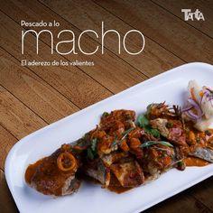 """El pescado a lo macho es un plato característico por la combinación de diferentes mariscos y por su punto """"picante"""". ¿Te atreves a probarlo? (Guiño-guiño. Codazo-codazo)."""