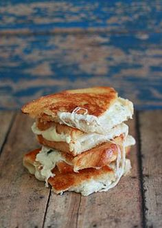 White Pizza Grilled Cheese Recipe- drooling!! Make Ricotta spread at least 1 hour ahead. Day before maybe?