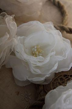 Ghirlanda floreale per matrimonio shabby chic di RoseinItaly, $120,00