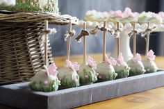 Aren't these delightful?? So sweet! SweetBloomCakes