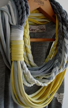 Infinity scarf- picture only