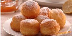 Tradičné šišky or, traditional jelly doughnut. Sweet Desserts, Sweet Recipes, Dessert Recipes, Czech Recipes, Russian Recipes, Eastern European Recipes, Donuts, Bread Dough Recipe, Bread And Pastries
