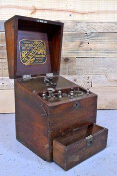 Antique Wood Electro-Medical Apparatus, RARE, The Home Physician, Galvano…
