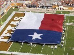 Texas flags are bigger in Texas. | 54 Things That Are Definitely Bigger In Texas