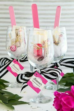 Home Decor On A Budget Pink black and white wine glass favors for a baby shower or bridal shower.Home Decor On A Budget Pink black and white wine glass favors for a baby shower or bridal shower Cadeau Baby Shower, Baby Shower Prizes, Baby Shower Favors, Shower Gifts, Shower Baby, Baby Showers, Cadeau Client, Wine Glass Favors, Wine Bottles