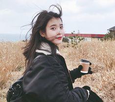 아이유 네이버 홈커버 배경화면 6장 Beautiful Celebrities, Korean Singer, Asian, Lady, Celebrity, Girls, Style, Korea, Actresses