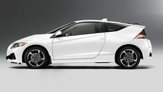 The Honda CRZ 2016 is one of the best cars that will offer the satisfaction one for people due to its design and performance.