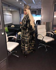 Nicki Minaj (Onika Tanya Maraj) The ★Q♛U♔E☆E♕N★ ♛♔♕ of Rap. a barb 'till the day i die, bitch. Nicki Minaj Rap, Nicki Minaji, Nicki Minaj Outfits, Nicki Minaj Barbie, Nicki Minaj Pictures, Nicki Minaj Wallpaper, Hype Wallpaper, Fashion Wallpaper, Woman Crush