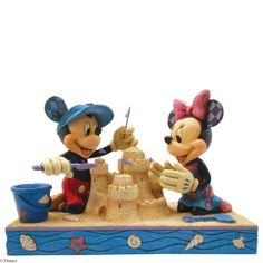 4050413 Seaside Sweethearts (Mickey & Minnie Mouse)- Mickey and Minnie make waves at the beach with this sunny sandcastle scene #disney #mickey #minnie