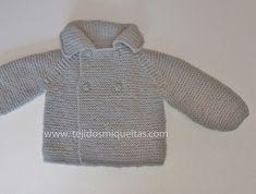 Tejidos Miqueitas | Abrigo gris primera postura unisex Knitting For Kids, Baby Knitting, Crochet Baby, Pullover, Hoodies, Sweaters, Outfits, Points, Amelia