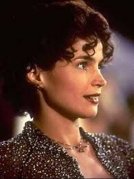 sabrina - harrison ford - release that starred Harrison Ford, Julia Ormond and Greg Kinnear. Short Curly Hairstyles For Women, Down Hairstyles, Short Hair Styles, Julia Ormond, Sport Tv, Sabrina 1954, Greg Kinnear, Image Film, People Of Interest